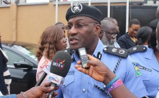 Two suspected kidnappers burnt alive, others whisked away