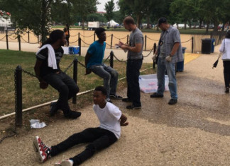 4 Black Teens Detained for selling water at National Mall were treated like a 'threat
