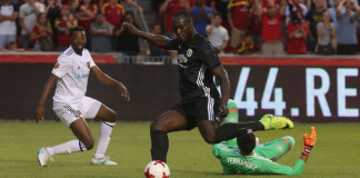 Manchester United beats City 2-0 in preseason Derby