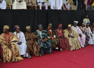 Ajimobi installs 21 new kings for Ibadan