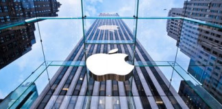 Apple plans to sell C$2.5 billion in bonds in Canada