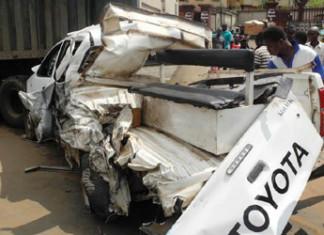 4 police officers die, 30 injured in road crash