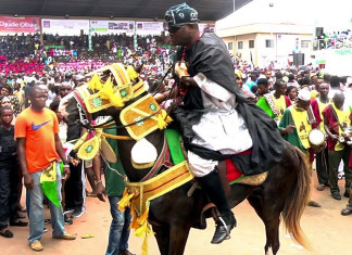 Woman gives birth to baby girl at Ojude-Oba festival