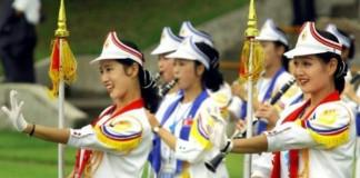 Kim Jong Un charms South Korea with beautiful ladies