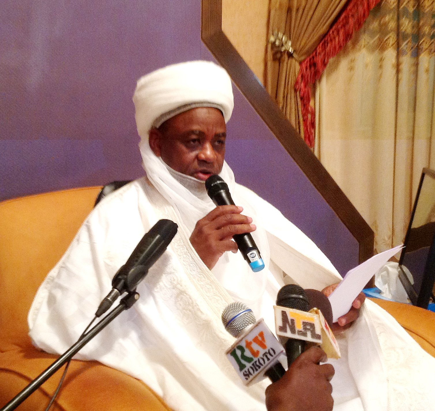 Sultan commissions centre for intellectual services
