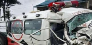 Missing plane: Vehicle carrying Kenya search team crashes