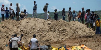 Foreign Titbits: Indonesia tsunami and quake: Bodies found in church buried by landslide