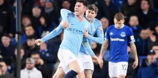 Manchester City win at Everton to go top of EPL