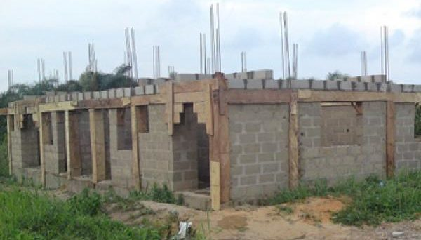 LASG Rescues Mother, Five Kids from Uncompleted Building