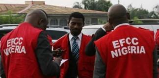 EFCC Arrests 32 internet fraudsters in Ogun