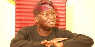 Fashola Responds to SERAP's FOI Request, Reveal Alleged Corrupt Contractors