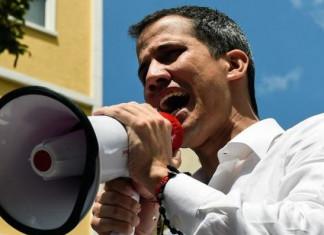 Venezuela crisis: Opposition Leader Guaidó Vows Crippling Strikes