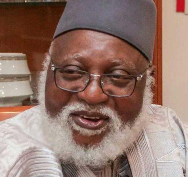 Buhari Greets Abdulsalami Abubakar at 77