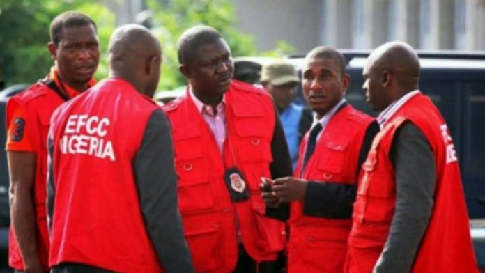 EFCC Arrests Immigration Officer, 14 Others for Alleged Passport Racketeering