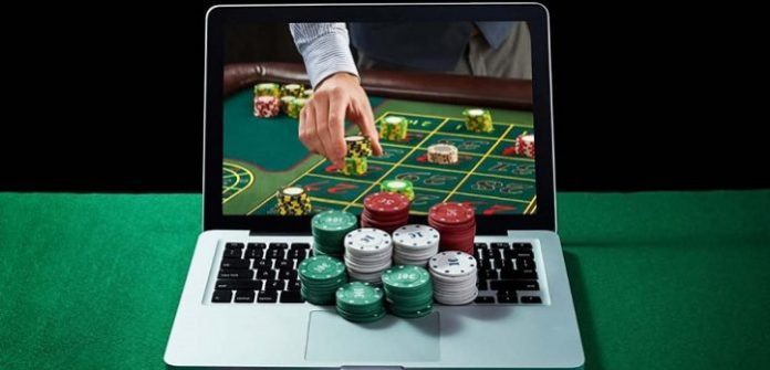 Police Detain 98 Persons For Running Online Gambling