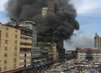 BREAKING: Another Building On Fire In Lagos