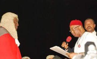 Uzodinma Takes Oath Of Office, Orders Probe of Ohakim, Okorocha, Ihedioha