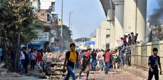 Delhi Clashes: Thirteen Killed As Hindu, Muslim Groups Clash