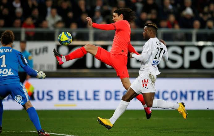 PSG Draw 4-4 at Amiens After Remarkable Comeback