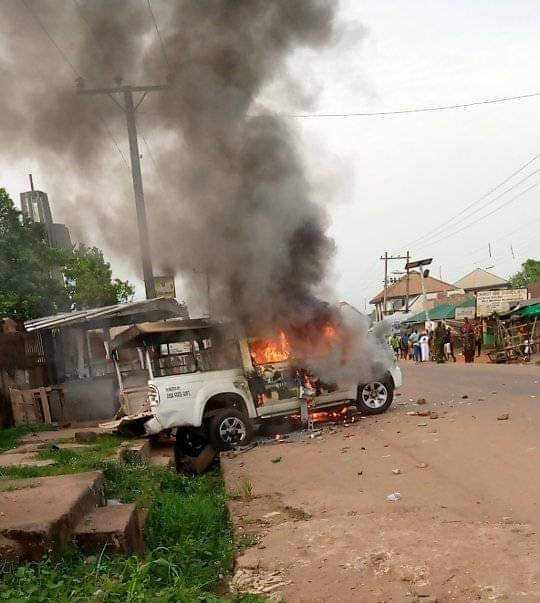 Lockdown: Police Station, Vehicles Razed As Cop Shoots Dead Youth In Abia Community