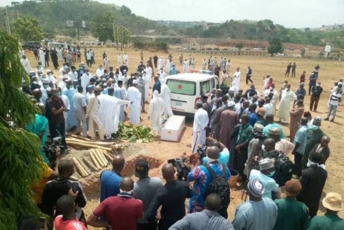 Top Presidency Aides Denied Access To Aso Villa After Attending Abba Kyari's Burial