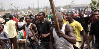 Bloodbath Averted As Traders, Hoodlums Fight At Abraka-Asaba Market