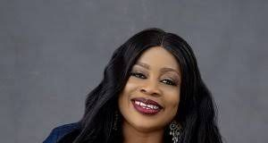 Sinach Becomes First African To Top Billboard USA Christian Songwriters Chart