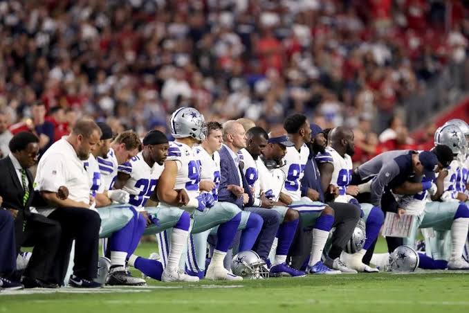 NFL Says Players' Protests During National Anthem Should Be Allowed